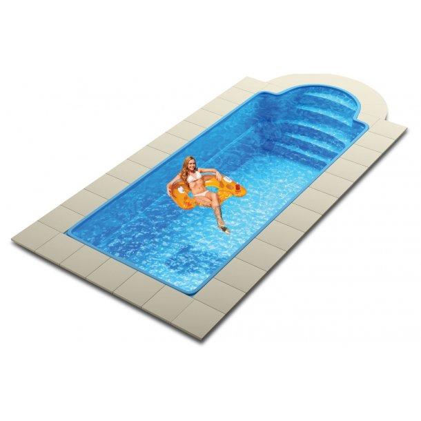 Glasfiber pool 8,40 x 3,20 x 1,5 m og tilbehør
