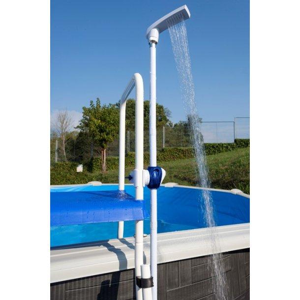 Bruser til fritstående pool